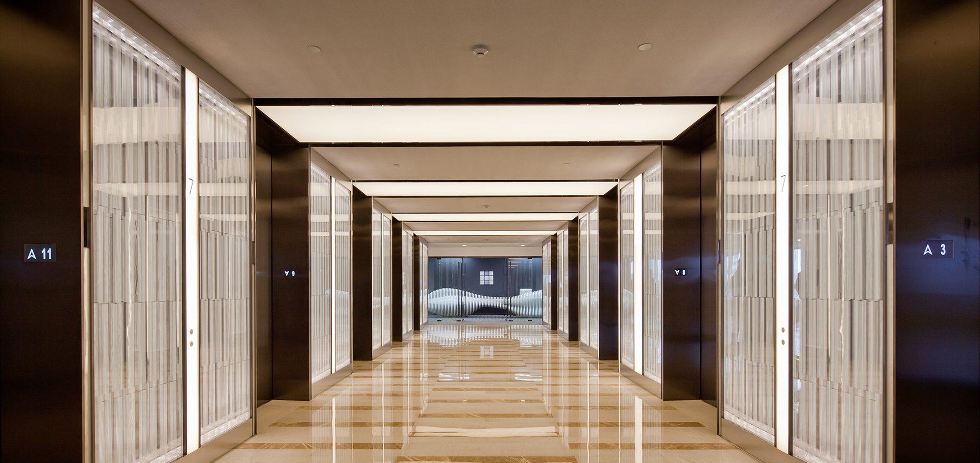 L'Avenue (Interiors)