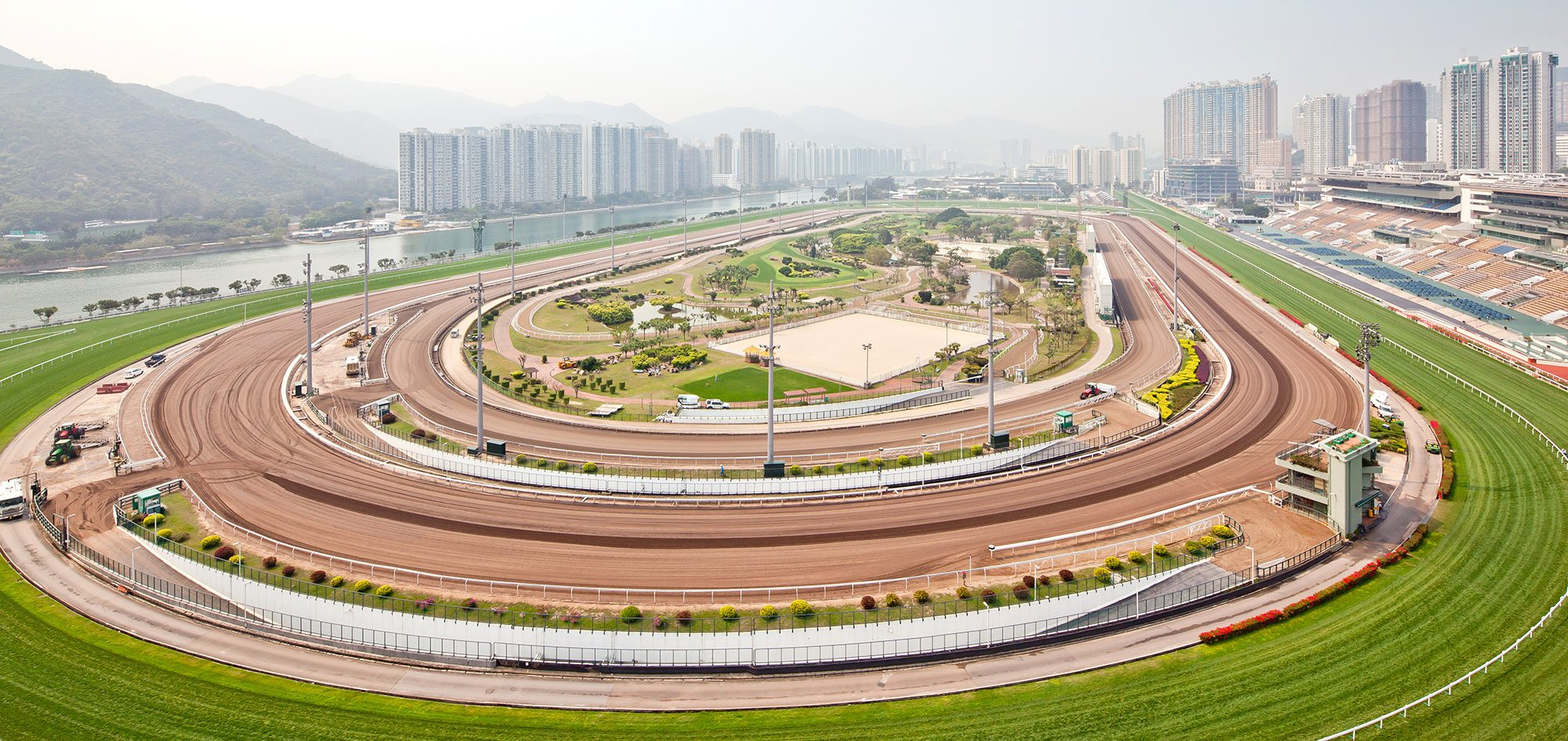 hong kong jockey club Hong kong jockey club is a must if you want to learn local lifestyle with their popular horse race the club mainly consists of sha tin racecourse and happy valley racecourse.