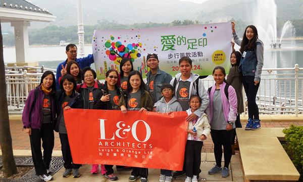 利安参与基督教灵实协会的步行筹款活动